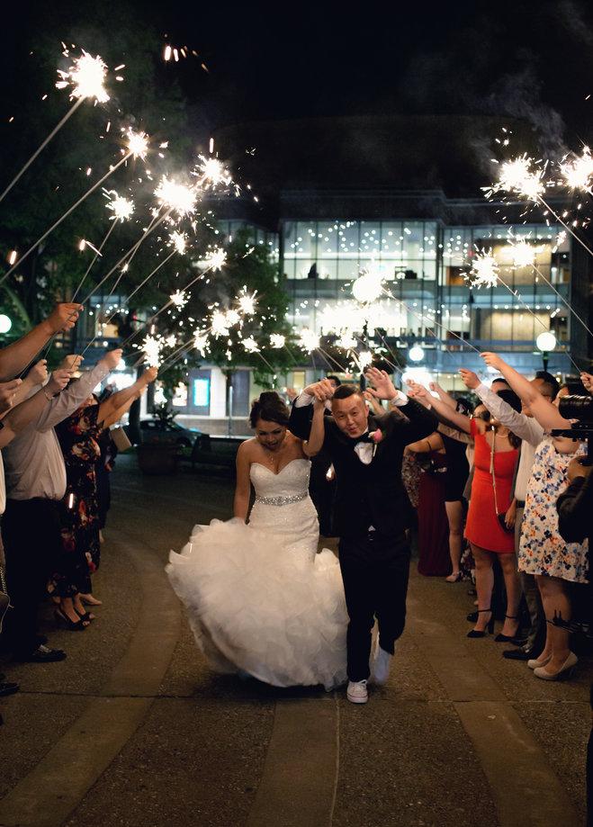 Youa Koman Dapper Sparkling And Classic Minnesota Bride