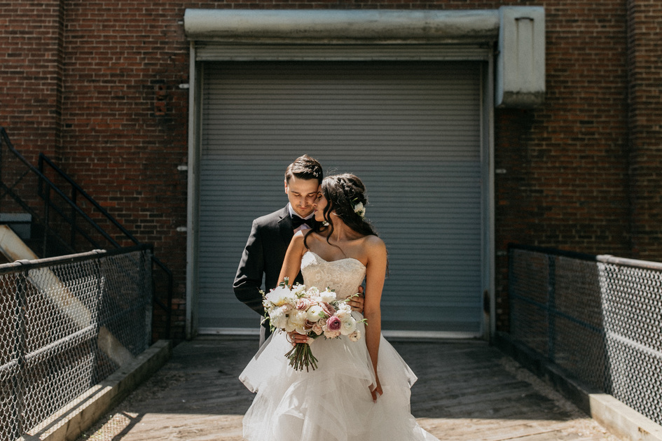 Wedding Photography at the Solar Arts Building in Minneapolis