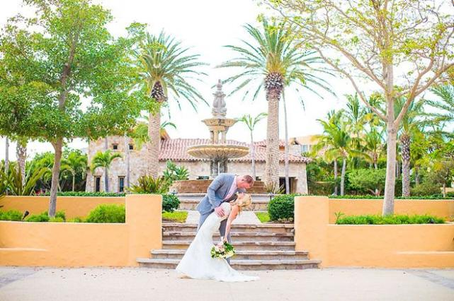 Minnesota Viking Kyle Rudolph's Wedding in Mexico