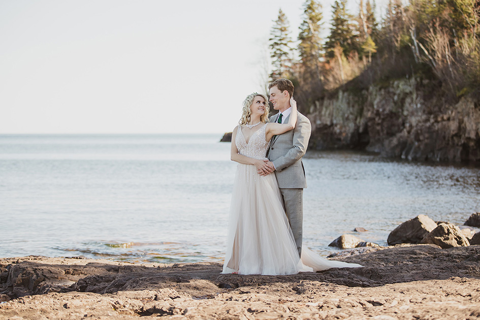 Brekke and Erik wed at Superior Shores Resort
