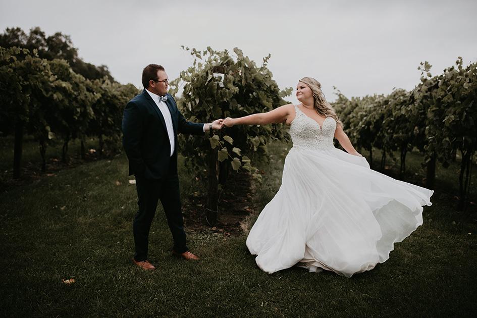 Melissa and Everett wed at Carlos Creek Winery