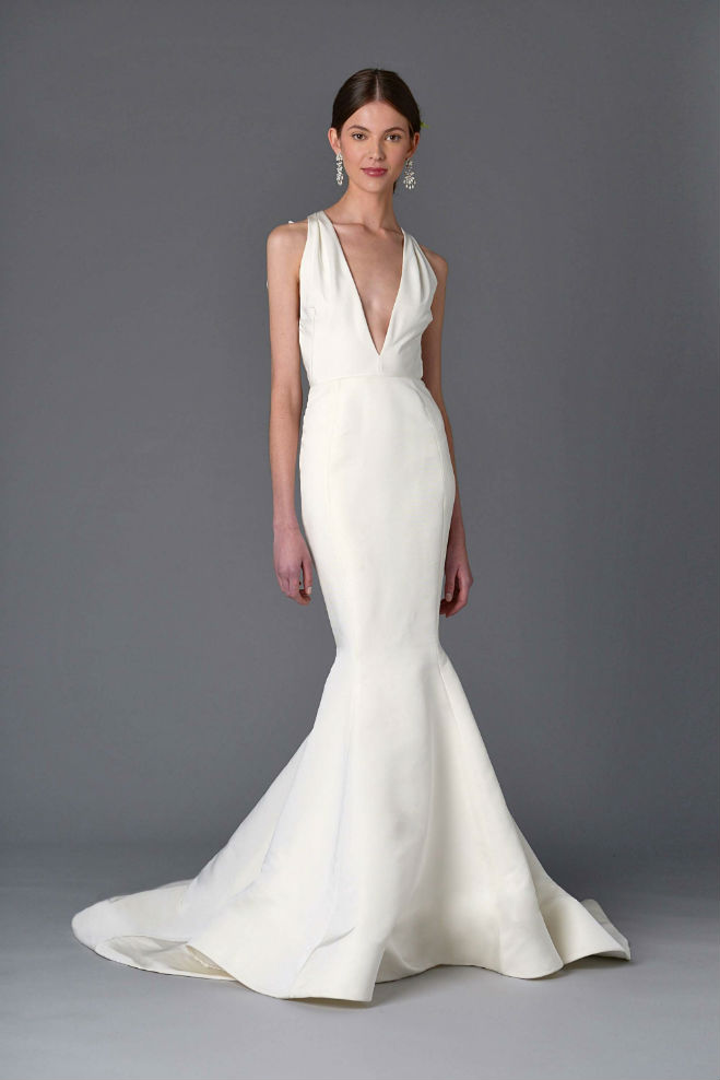 Bridal fashion week 5 trends for spring 2017 minnesota for Wedding dresses mall of america