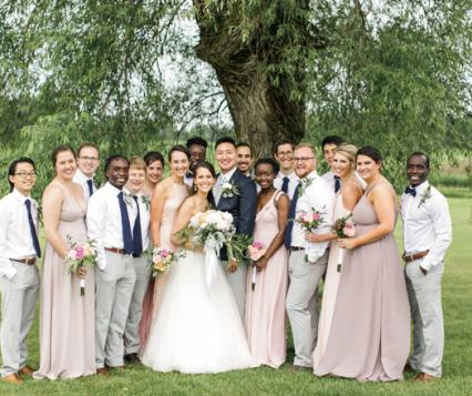 Bridal party at Berry Hill Farm in Minnesota