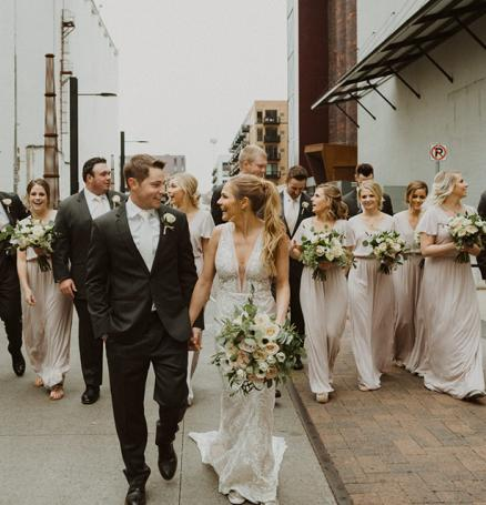 Shelby and Zac hold a fall wedding at The View