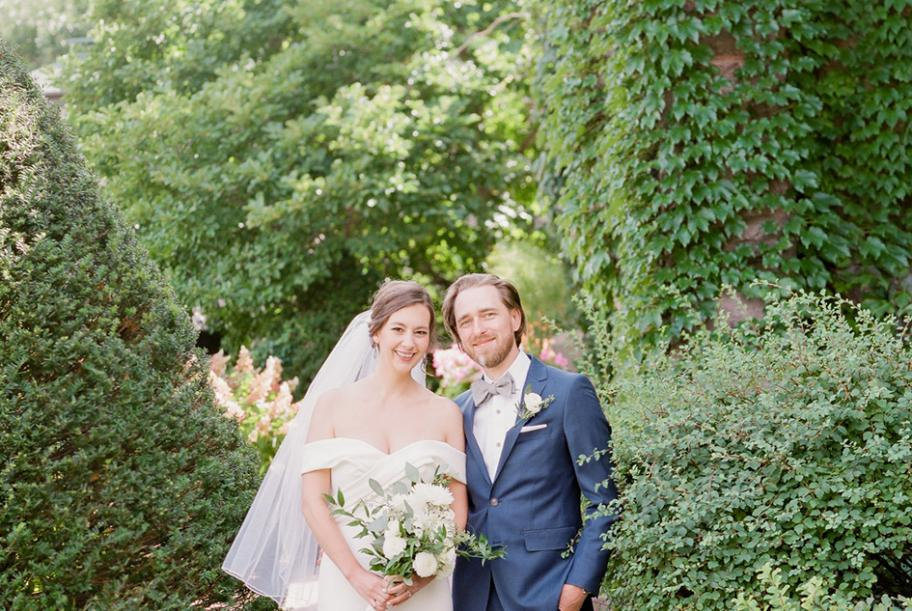 Laura and Patrick wed at Van Dusen Mansion in Minneapolis