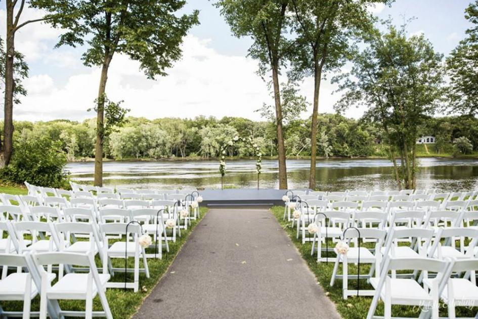 11 Wedding Venues For A Comfortable Outdoor Celebration Sponsored