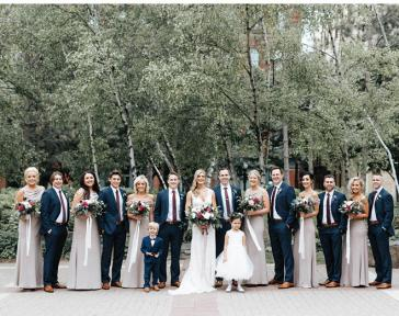 Bridal Party at A'bulae in Minnesota