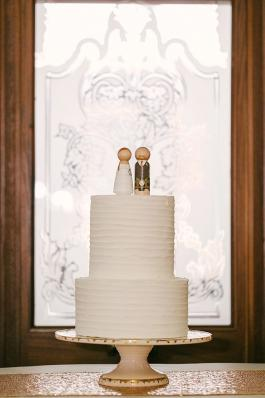 Crisp White Wedding Inspo | Minnesota Bride