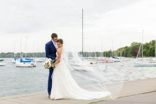 Refined Summer Nuptials at the Minikahda Club | Minnesota Bride