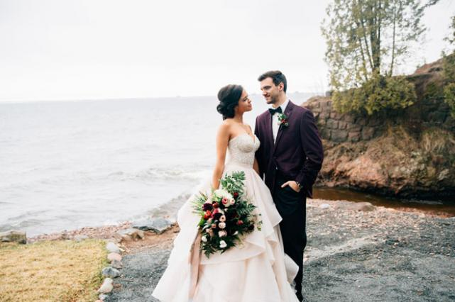 Autumn Wedding Inspiration at the Glensheen Mansion