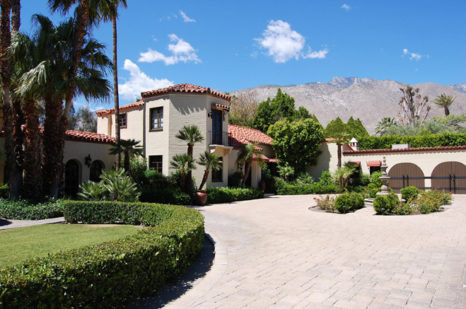 House party the ultimate palms springs wedding venues california palms springs wedding venue private mansion palm springs junglespirit Gallery