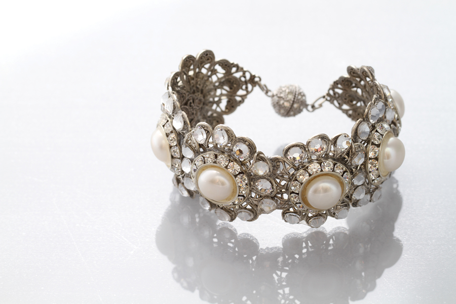 Best Accessories Marah's Elegant Bridal