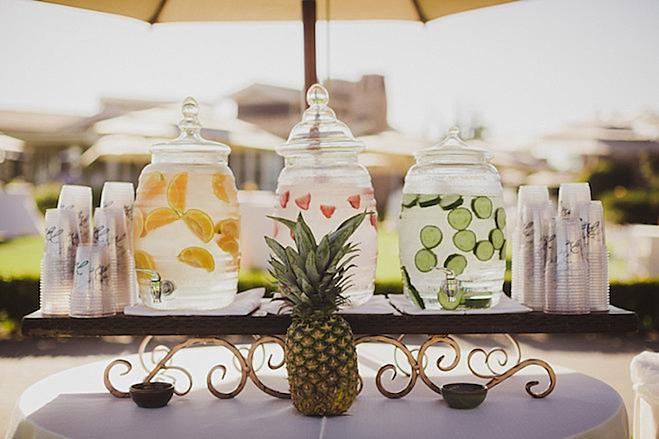 laguna beach wedding, california wedding planner, pineapple california wedding, wedding, bright colored wedding, polynesian wedding