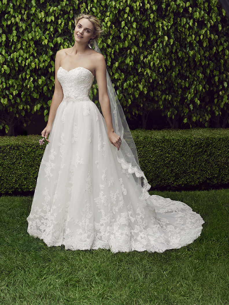 7 Enchanting Wedding Gowns Perfect for an Elegant Garden Party ...