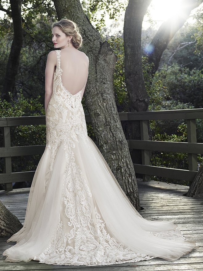 10 Open Back Wedding Dresses That Wow From Casablanca