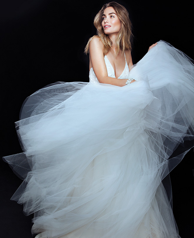 Craziest Wedding Dresses: Crazy In Love: 9 Incredibly Romantic Wedding Dresses