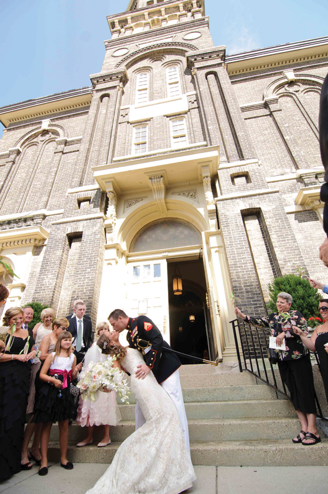 A Classic Milwaukee Wedding with Marine Traditions