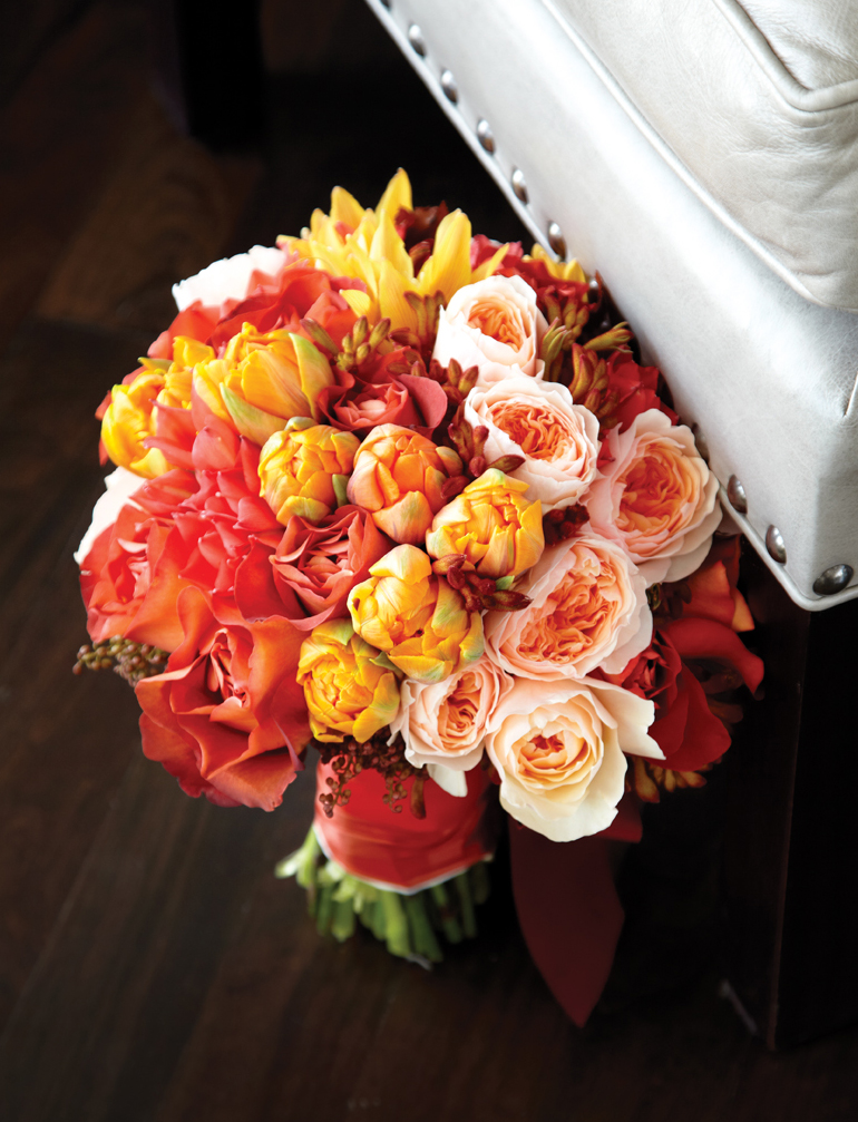 Think elegant, bold and oh-so-beautiful for your bridal bouquet.