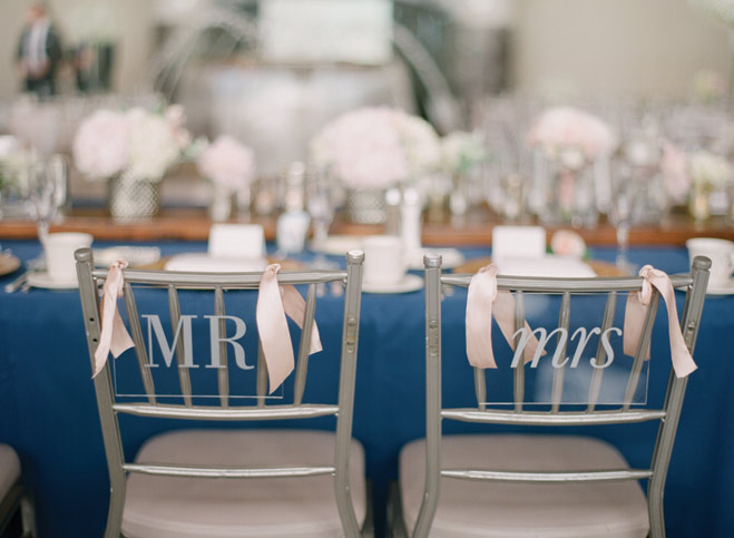 A Modern Romantic Wedding at Carlson Towers Rotunda