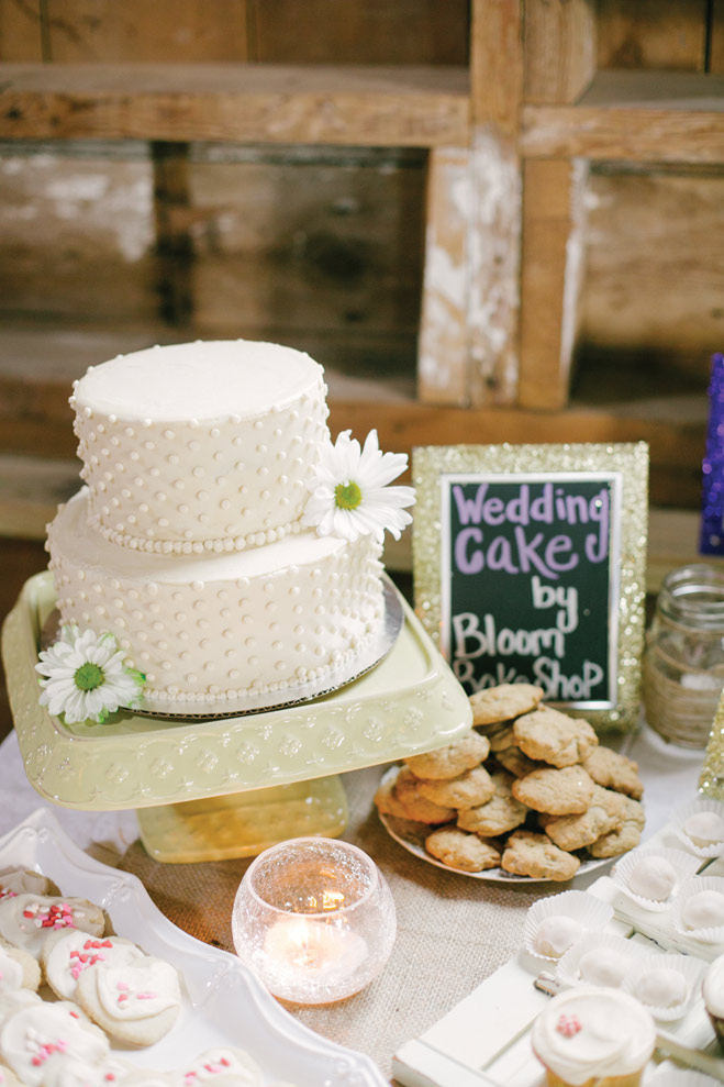 A Rustic Country Barn Wedding