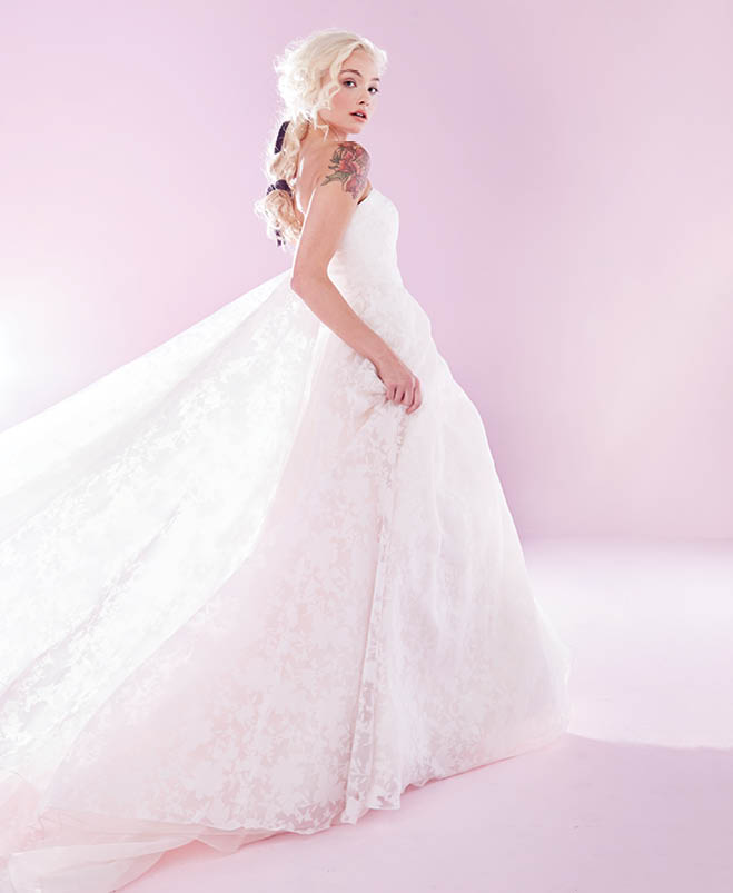 Minneapolis Wedding Gowns: Happy Days: 7 Ultra-Girly Wedding Gowns