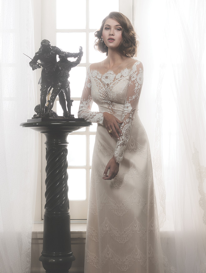 A Lady In Lace 8 Wedding Gowns For The Classically Romantic Bride