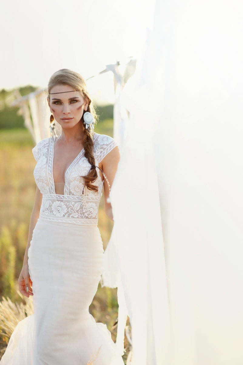 Must Have Looks For Your Bohemian Wedding