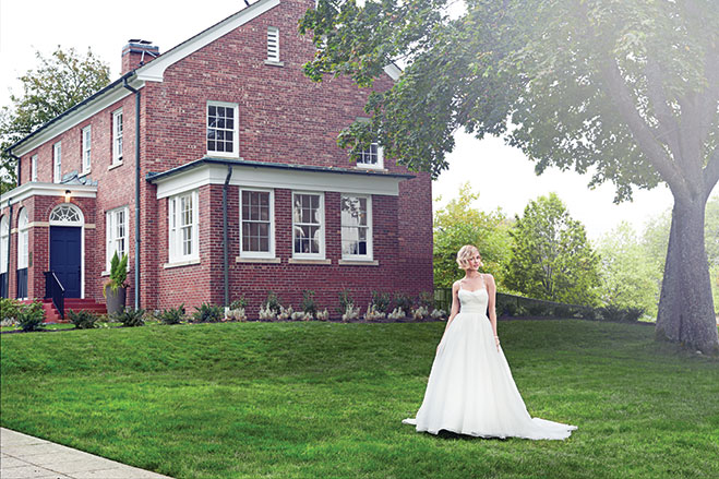 Classic Beauty: 8 Timeless Wedding Gowns   Seattle Bride