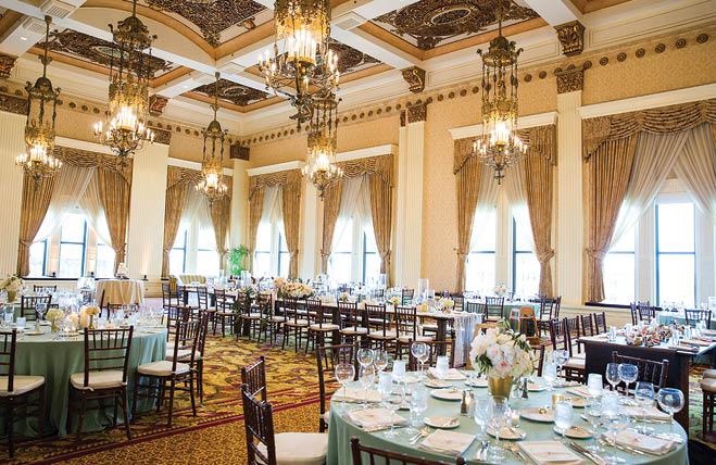Clare Amp Matthew Sophisticated Ballroom Wedding At The